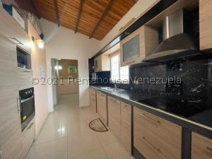 Casa En Ventaen Punto Fijo, Puerta Maraven, Venezuela, VE RAH: 21-27877