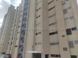 Apartamento En Ventaen Catia La Mar, Playa Grande, Venezuela, VE RAH: 21-27901