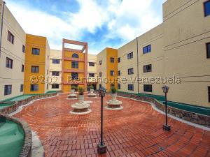 Apartamento En Ventaen San Antonio De Los Altos, Las Mesetas, Venezuela, VE RAH: 21-28045