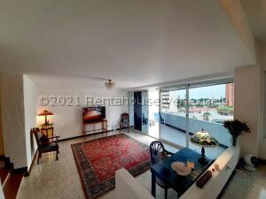 Apartamento En Ventaen Maracaibo, La Lago, Venezuela, VE RAH: 21-27898
