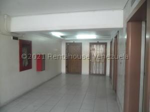 Apartamento En Ventaen Caracas, Parroquia Santa Teresa, Venezuela, VE RAH: 21-27911