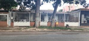 Casa En Ventaen Barquisimeto, Bararida, Venezuela, VE RAH: 21-27921