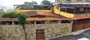 Casa En Ventaen Municipio Guaicaipuro, Parcelamiento Cortada Del Guayabo, Venezuela, VE RAH: 22-1642