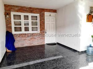 Casa En Ventaen Coro, Sector Independencia, Venezuela, VE RAH: 21-27976