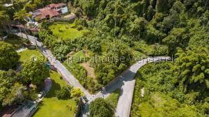 Terreno En Ventaen Caracas, Oripoto, Venezuela, VE RAH: 21-27607