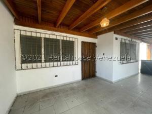 Casa En Ventaen Punto Fijo, Centro, Venezuela, VE RAH: 21-28167