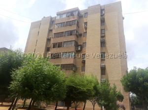 Apartamento En Ventaen Maracaibo, Avenida Goajira, Venezuela, VE RAH: 21-22177