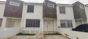 Casa En Ventaen Cabudare, La Piedad Norte, Venezuela, VE RAH: 21-28031