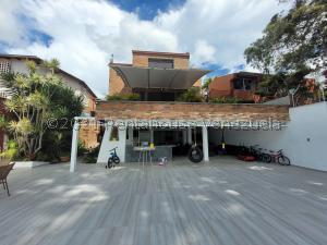 Casa En Ventaen Caracas, Los Naranjos Del Cafetal, Venezuela, VE RAH: 21-27254