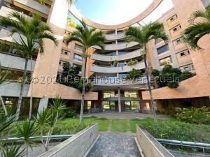 Apartamento En Ventaen Caracas, Campo Alegre, Venezuela, VE RAH: 21-28011
