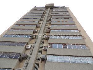 Apartamento En Ventaen Maracaibo, Los Olivos, Venezuela, VE RAH: 21-28058
