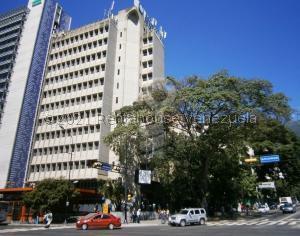 Oficina En Alquileren Caracas, Altamira, Venezuela, VE RAH: 21-28165
