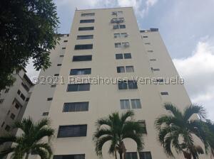 Apartamento En Ventaen Valencia, Valles De Camoruco, Venezuela, VE RAH: 21-28079