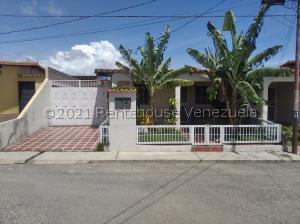 Casa En Ventaen Cabudare, Parroquia Cabudare, Venezuela, VE RAH: 21-28088
