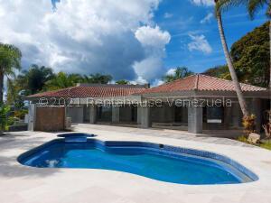 Casa En Ventaen Caracas, La Lagunita Country Club, Venezuela, VE RAH: 21-28097