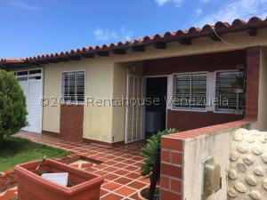 Townhouse En Ventaen Margarita, San Antonio, Venezuela, VE RAH: 21-27763