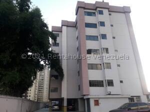 Apartamento En Ventaen Municipio Naguanagua, Casco Central, Venezuela, VE RAH: 21-28108