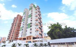 Apartamento En Ventaen Maracay, Zona Centro, Venezuela, VE RAH: 21-28125