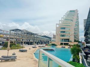 Apartamento En Ventaen Tucacas, Tucacas, Venezuela, VE RAH: 21-28113