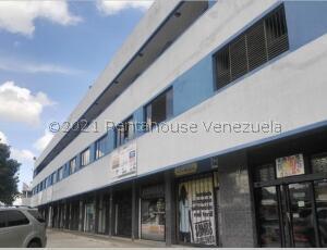 Oficina En Alquileren Municipio San Diego, Parque Industrial Castillito, Venezuela, VE RAH: 22-1007
