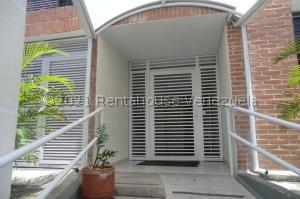 Apartamento En Alquileren Caracas, Los Naranjos Humboldt, Venezuela, VE RAH: 22-130