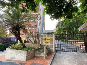 Apartamento En Ventaen Caracas, Las Esmeraldas, Venezuela, VE RAH: 21-28161