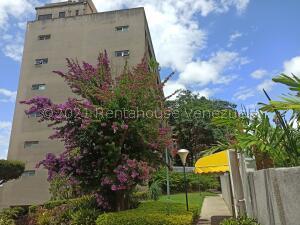 Apartamento En Ventaen Caracas, Colinas De Bello Monte, Venezuela, VE RAH: 21-28175