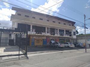 Local Comercial En Ventaen Cabudare, Centro, Venezuela, VE RAH: 21-28223