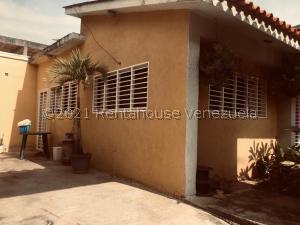 Casa En Ventaen Municipio San Diego, Los Jarales, Venezuela, VE RAH: 21-28210