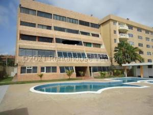 Apartamento En Ventaen Tucacas, Tucacas, Venezuela, VE RAH: 21-28181