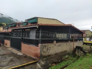 Casa En Ventaen Guatire, La Rosa, Venezuela, VE RAH: 21-28201