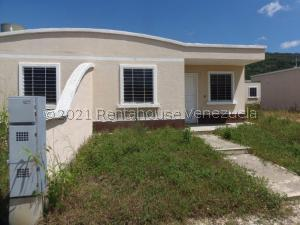 Casa En Ventaen Barquisimeto, Terrazas De La Ensenada, Venezuela, VE RAH: 21-28202