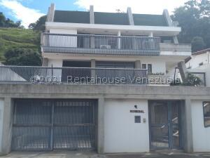 Casa En Ventaen Caracas, Cumbres De Curumo, Venezuela, VE RAH: 22-82