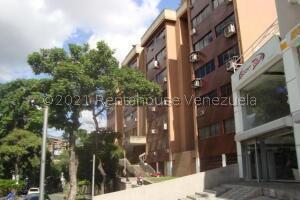Oficina En Ventaen Caracas, Las Mercedes, Venezuela, VE RAH: 21-28212