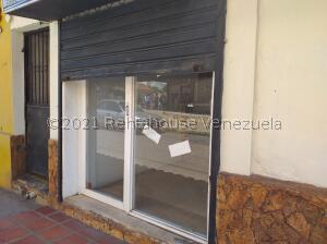Local Comercial En Ventaen Coro, Centro, Venezuela, VE RAH: 22-15