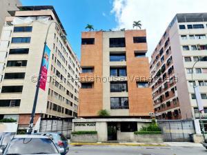 Apartamento En Ventaen Caracas, Los Palos Grandes, Venezuela, VE RAH: 22-38