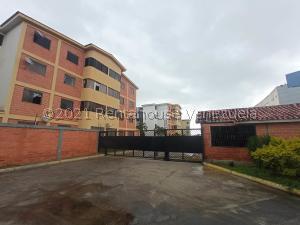 Apartamento En Ventaen Municipio San Diego, Chalet Country, Venezuela, VE RAH: 22-80