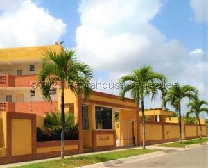 Apartamento En Ventaen Higuerote, Puerto Encantado, Venezuela, VE RAH: 22-70