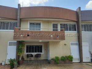 Townhouse En Alquileren Maracaibo, La Picola, Venezuela, VE RAH: 22-117