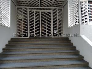 Apartamento En Ventaen Valencia, Los Mangos, Venezuela, VE RAH: 22-128