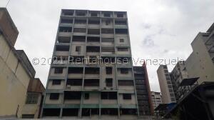 Apartamento En Ventaen Caracas, Parroquia La Candelaria, Venezuela, VE RAH: 22-981