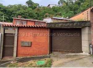Casa En Ventaen Caracas, Santa Ines, Venezuela, VE RAH: 22-170