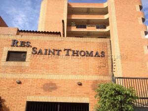 Apartamento En Ventaen Tucacas, Tucacas, Venezuela, VE RAH: 22-160