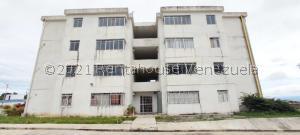 Apartamento En Ventaen Cabudare, La Piedad Sur, Venezuela, VE RAH: 22-180