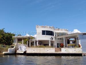 Casa En Ventaen Higuerote, Puerto Encantado, Venezuela, VE RAH: 22-181