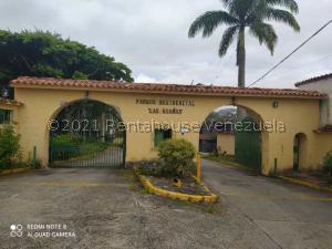 Casa En Ventaen Los Teques, Los Teques, Venezuela, VE RAH: 22-205