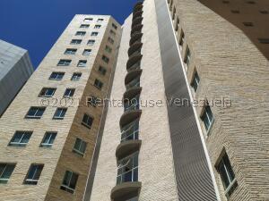 Apartamento En Ventaen Caracas, El Rosal, Venezuela, VE RAH: 22-220