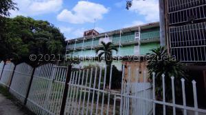 Apartamento En Ventaen Maracay, Caña De Azucar, Venezuela, VE RAH: 22-252