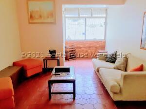Apartamento En Alquileren Caracas, El Cafetal, Venezuela, VE RAH: 22-329