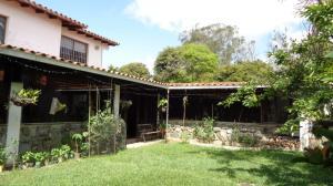 Casa En Ventaen Caracas, Lomas De La Lagunita, Venezuela, VE RAH: 22-358